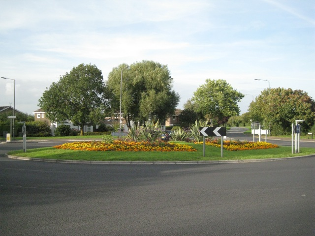 Roundabout southeast of Thornbury