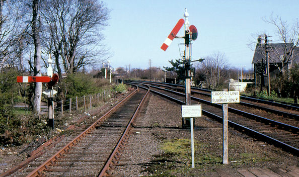 Somersault signals, Carrickfergus station