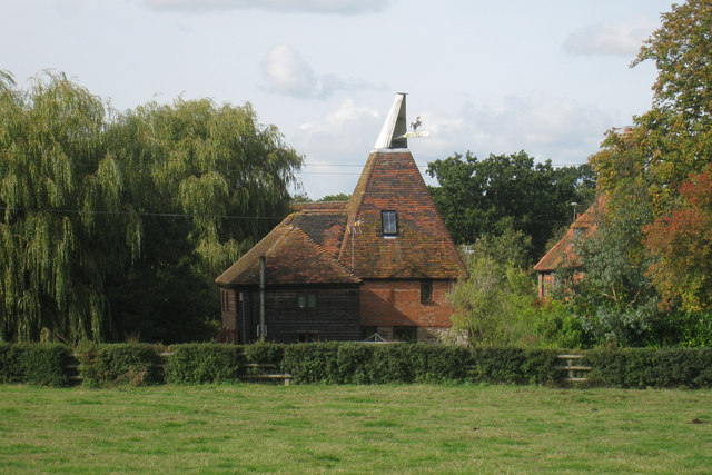Oast house at southernden southerden oast house for The headcorn minimalist house kent