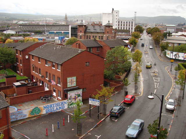 Sandy Row Ian Paterson Cc By Sa 2 0 Geograph Ireland