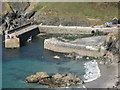 SW6617 : Harbour walls, Mullion Cove : Week 39