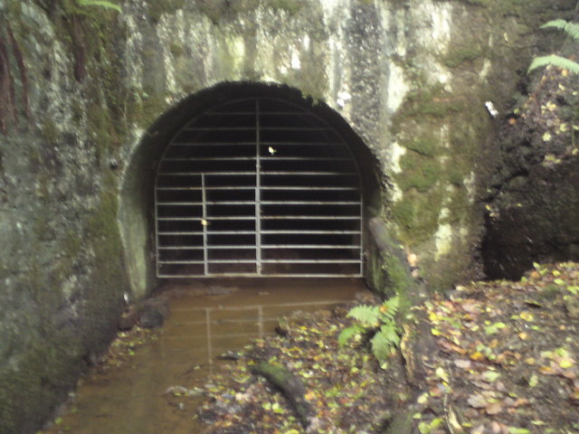 Tunnel under Saundersfoot station