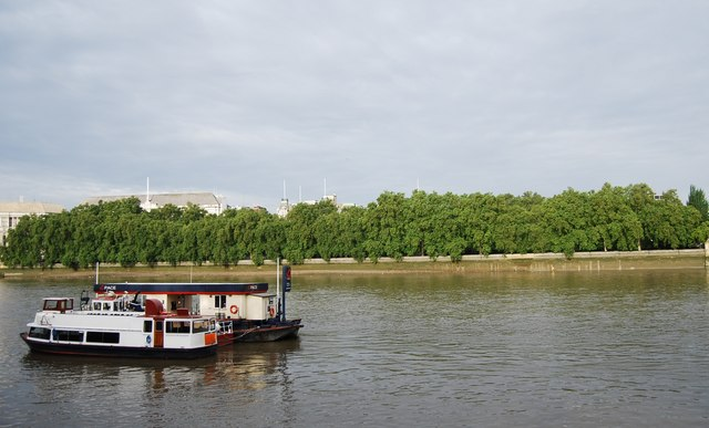 Thames Embankment by Victoria Tower Gardens