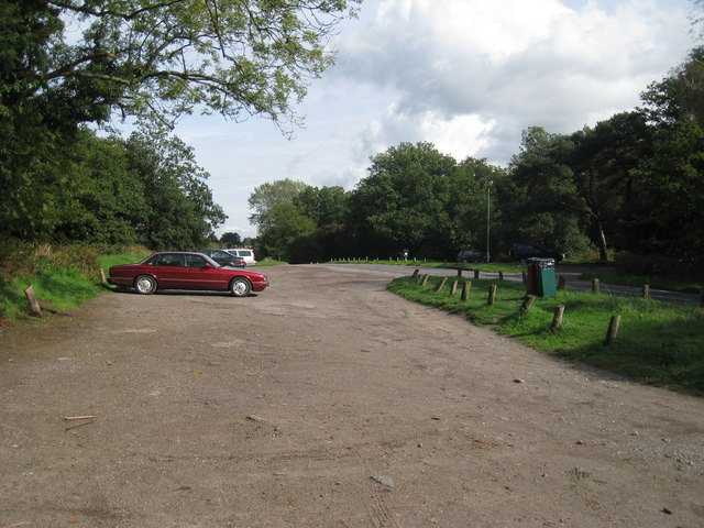 Parking area off Flanchford Road