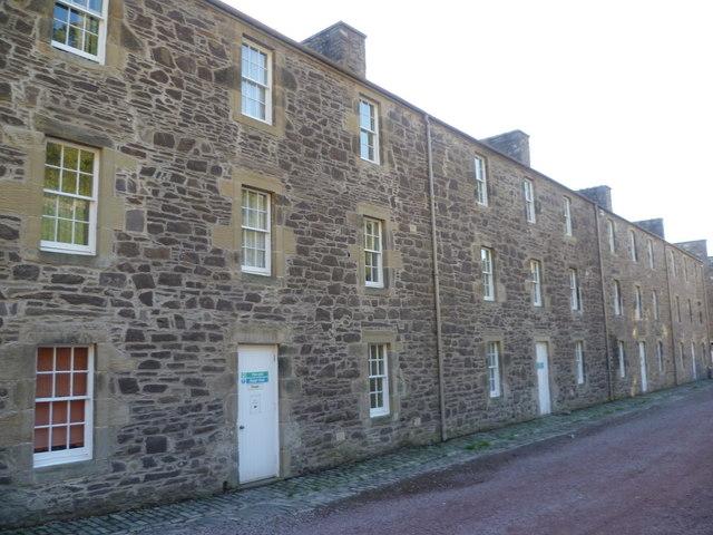 Wee  Row, New Lanark