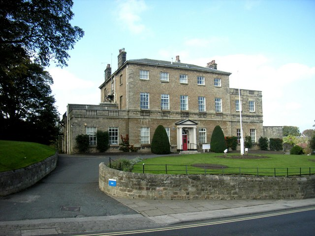 Knaresbrough House, High Street