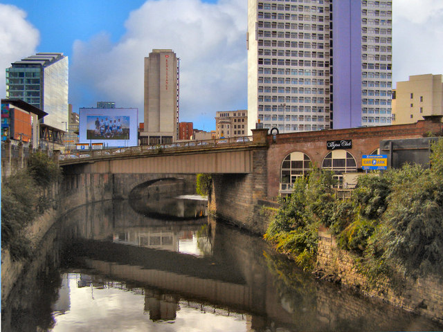 River Irwell, Exchange Station Approach