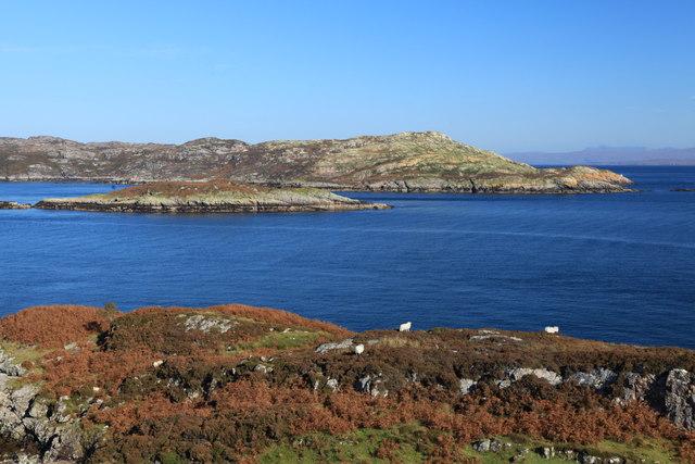 Eilean Fraoich and Island of Rona
