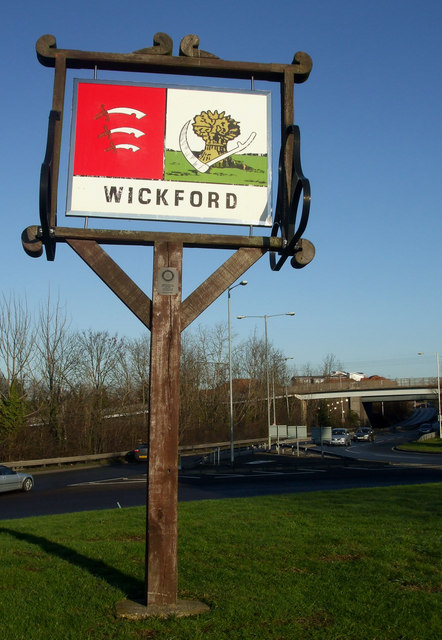 Wickford Sign Terry Joyce Cc By Sa 2 0 Geograph