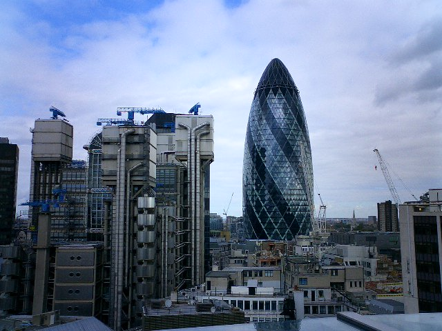 """""""The Gherkin"""" and Lloyds Building"""