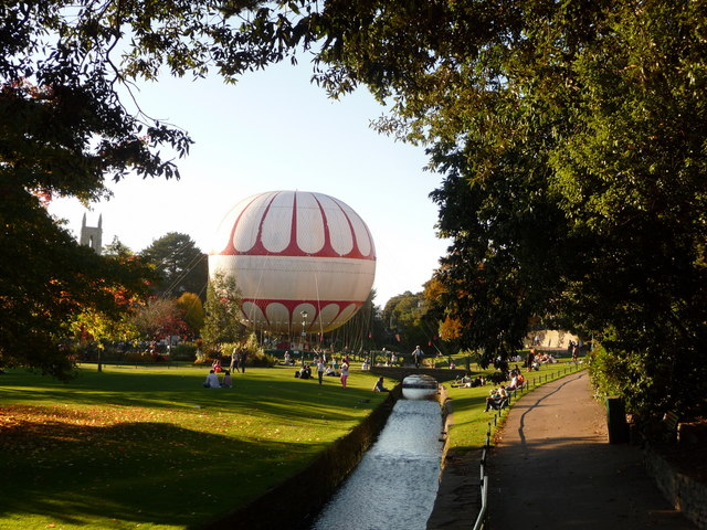 Bournemouth: Lower Gardens and grounded balloon