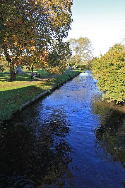 Mill Stream and War Memorial, Ollerton