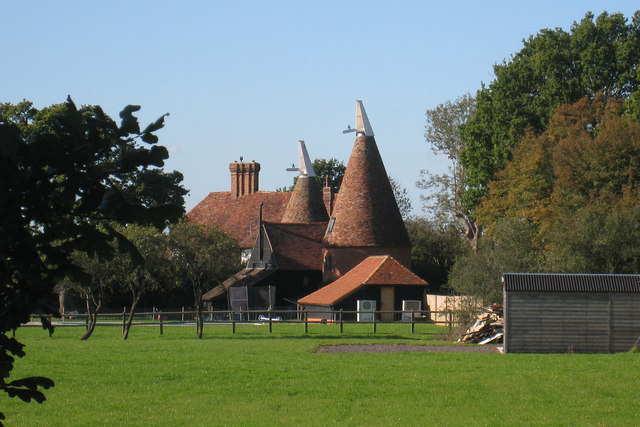 Invicta oast kelsham farm four oaks oast house for The headcorn minimalist house kent