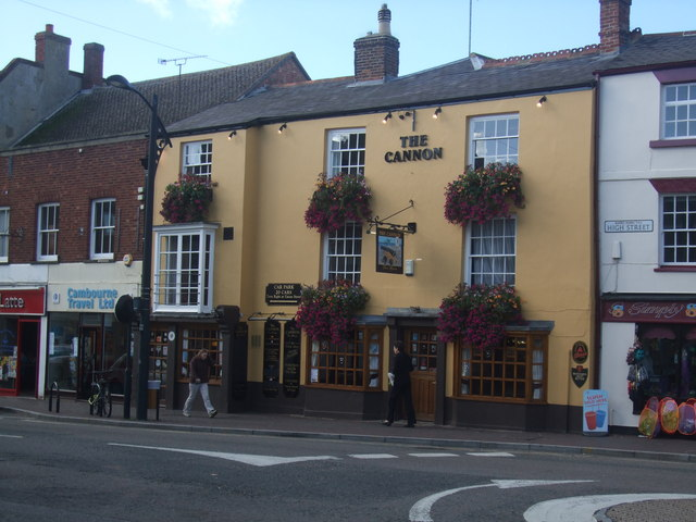The Cannon public house on the High Street