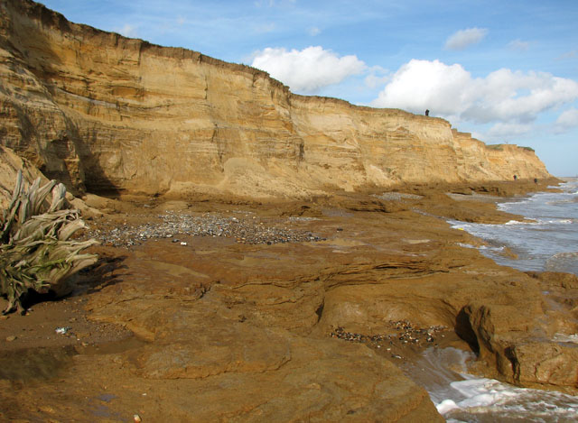 12 >> Ancient clay beds exposed at Covehithe... © Evelyn Simak :: Geograph Britain and Ireland