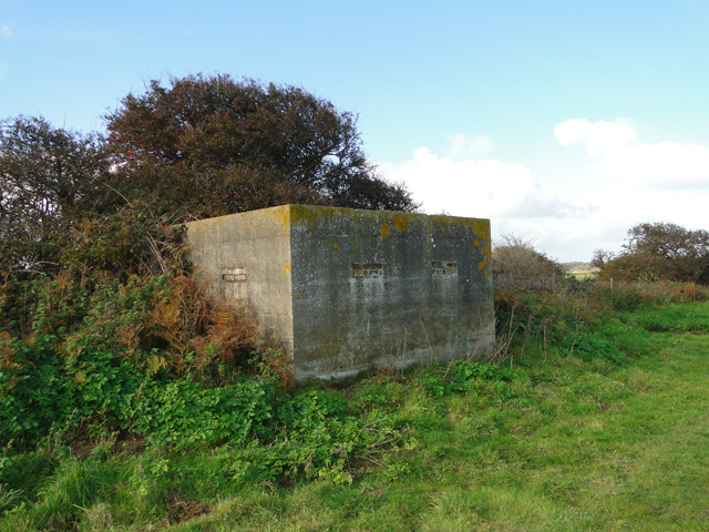 Suffolk Square style pillbox at Benacre