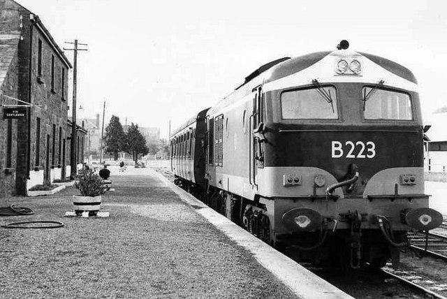 Loughrea Station 1 169 Albert Bridge Cc By Sa 2 0