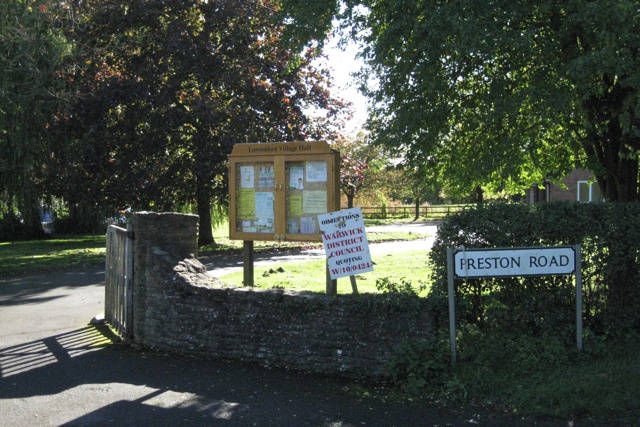 Approach to Lowsonford village hall