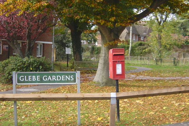 Postbox Glebe Gardens