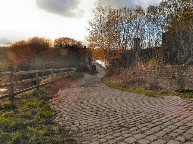 Prestolee Road