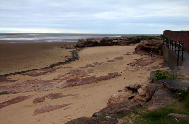Red Rocks At Hoylake Steve Daniels Cc By Sa 2 0
