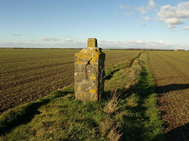 Gatepost. Middle Soar