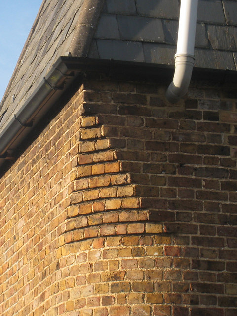 Brick detail on Cart Lodge Oast