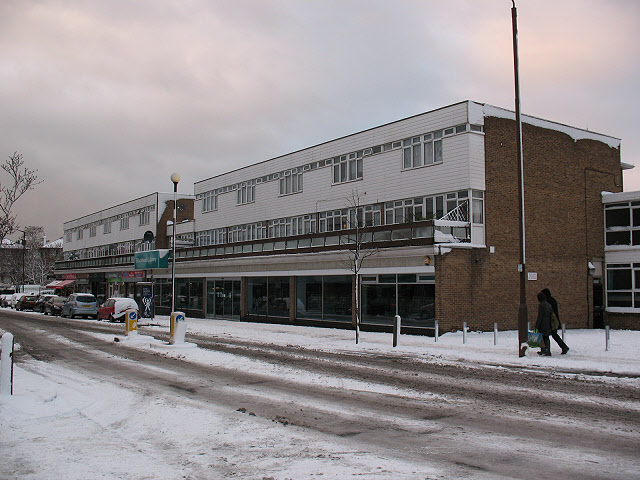 Library and shops on Old Dover Road