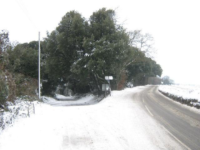 Road junction on the Adisham Road