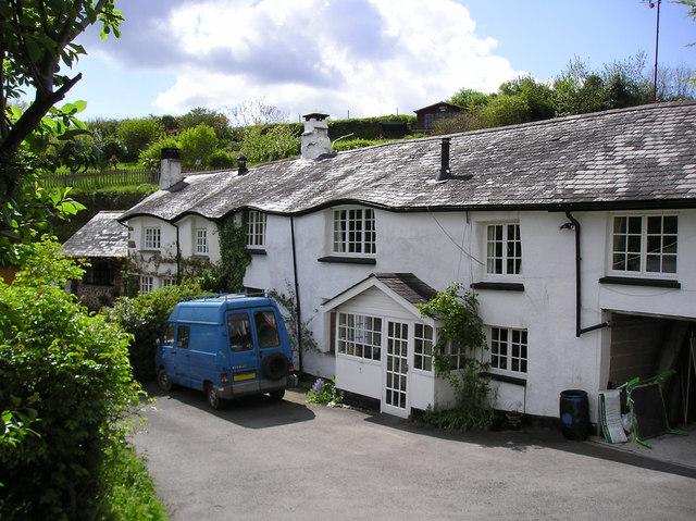 Pook S Cottages Bridford Devon 169 Jim Robbens Cc By Sa 2