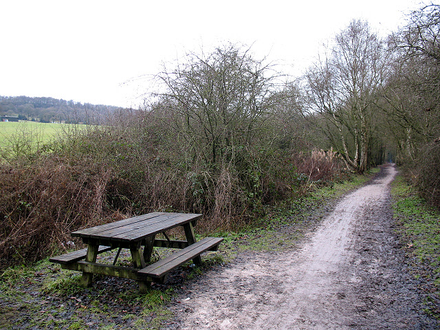 Picnic table on the Biddulph Valley Way