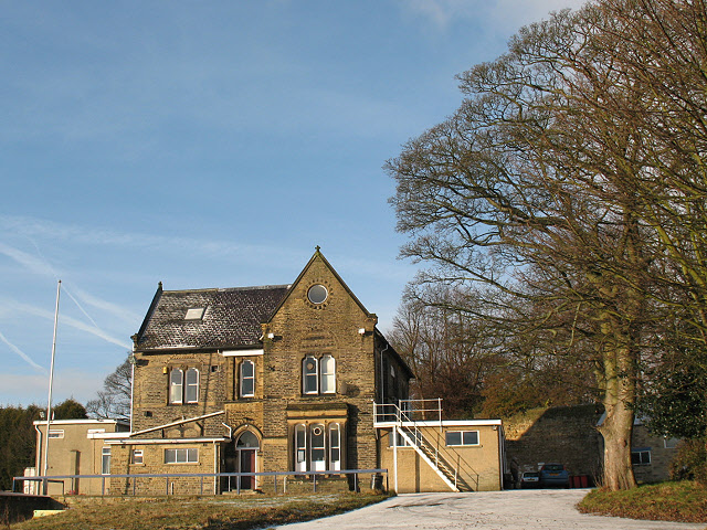Old Crossleyans sports club: clubhouse