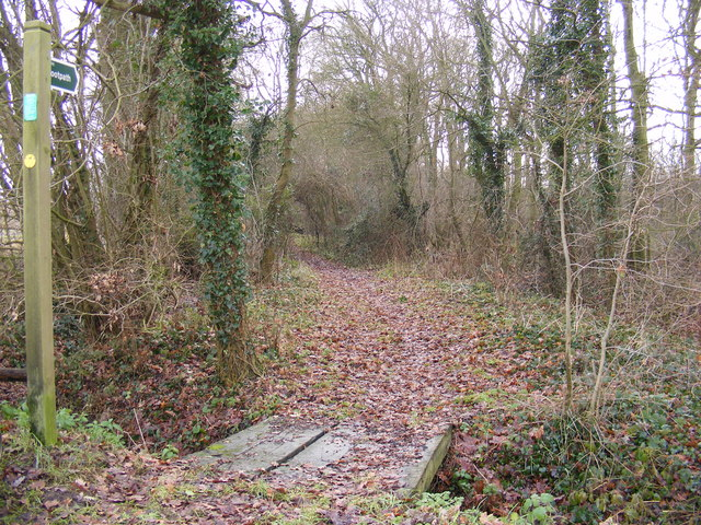 Segmore Lane footpath to the A1120 Badingham Road