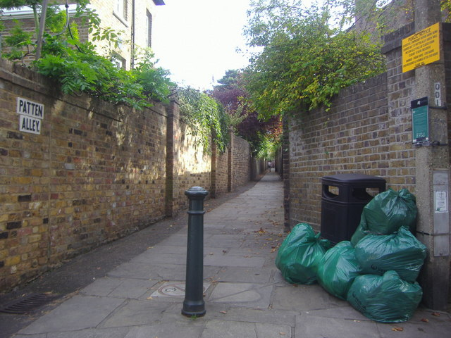 Entrance to Patten Alley, Richmond