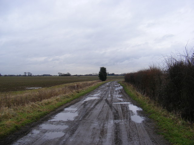 Footpath to the A12 Main Road & Entrance to Kelsale Hall