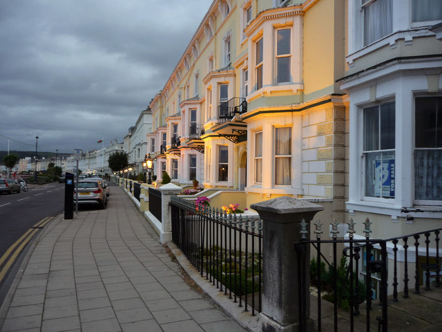Llandudno Hotels With Entertainment And Swimming Pool