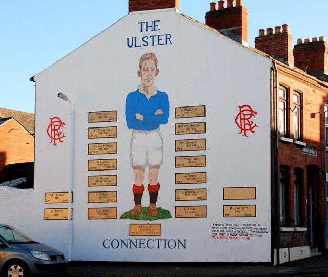 Rangers mural belfast albert bridge cc by sa 2 0 for Mural in belfast