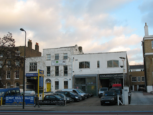 Car hire on Clapham Road