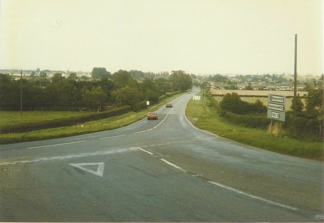 Junction of the A151 and A6121 in 1986