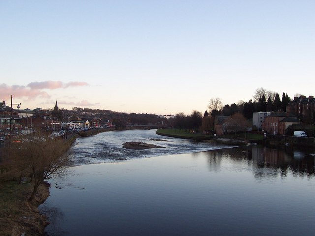 The Nith from the old bridge