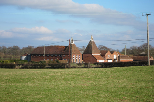 Oast houses at lashenden farm headcorn oast house for The headcorn minimalist house kent