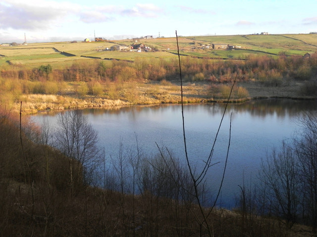 strinesdale upper reservoir  u00a9 david dixon    geograph britain and ireland