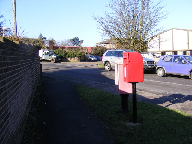 Dock Lane & River View Postbox