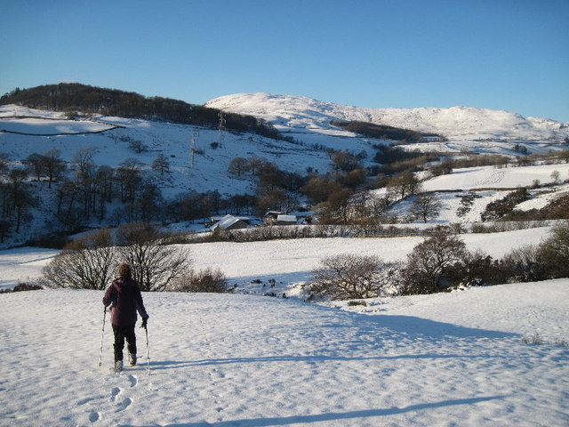Descending towards Grisedale farm
