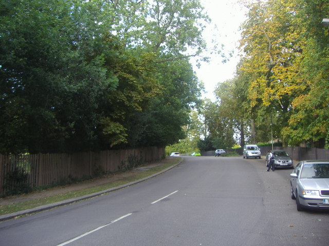 Friary Road, North Finchley