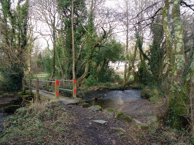 Footbridge over Goodwick Brook near The Drim