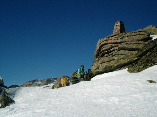Summit tor of Cac Carn Beag in February snow