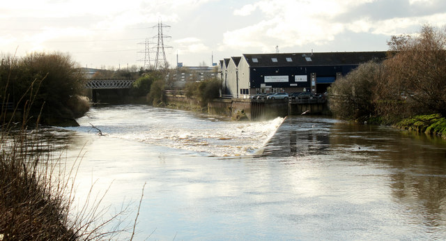 2011 : Tide weir on the River Avon