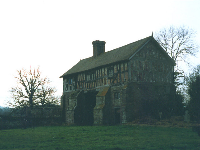 The Priory Gatehouse at Bromfield