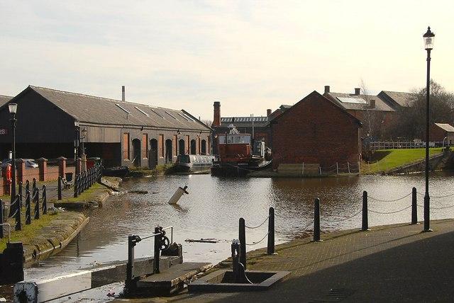 Shropshire Union Canal Basin